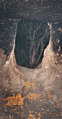 Бакла, искуственная пещера